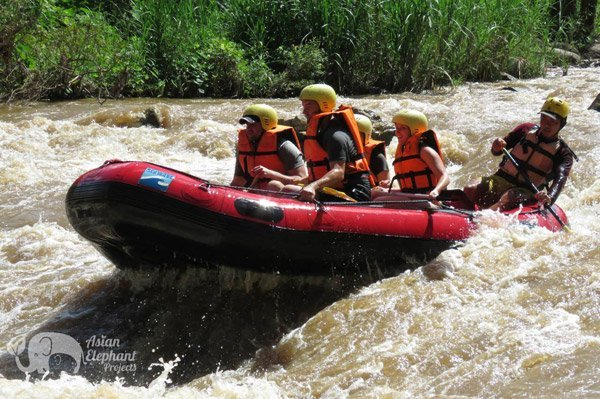 white water rafting in northern thailand