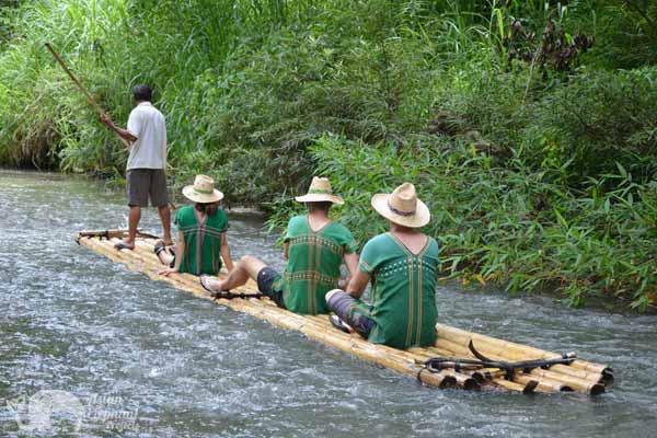 Bamboo_Rafting